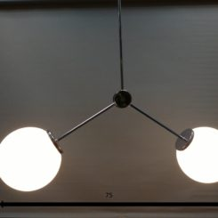 medidas Lámpara globo en cromo brillo